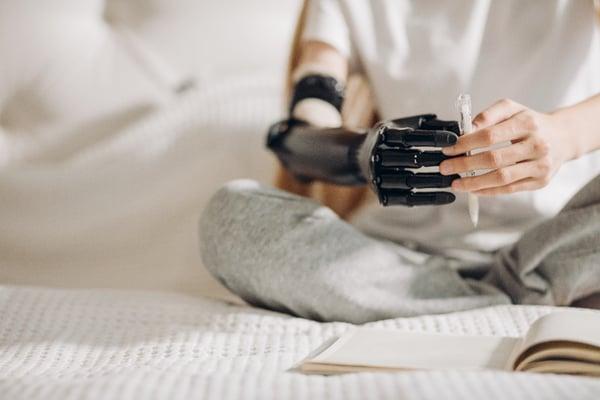 bionic hand-1