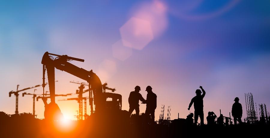The Versatile Benefits of Fiberglass for Work Sites